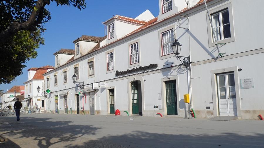 Cgd vila real de santo ant nio bancos de portugal for Horario piscina vila real