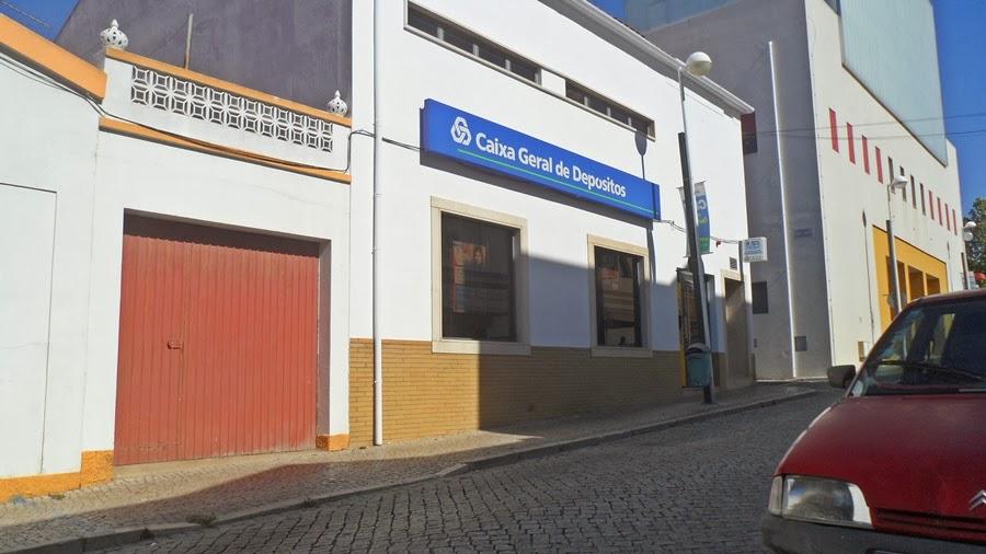 Cgd em castro verde alentejo bancos de portugal - Pisos banco caixa geral ...