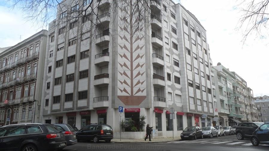 banco de jardim lisboa : banco de jardim lisboa: Banco Millennium BCP Jardim da Parada em Campo de Ourique, Lisboa