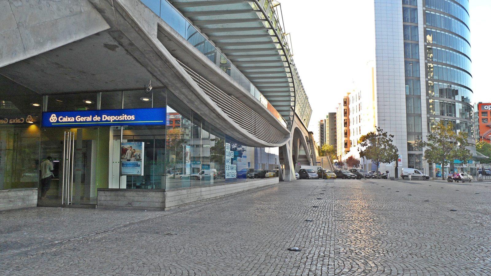 Cgd caixa geral de dep sitos bancos de portugal - Pisos banco caixa geral ...