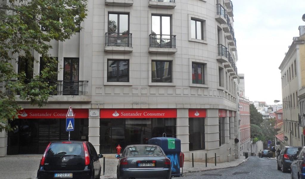 Santander consumer financeiras bancos de portugal for Atendimento santander no exterior